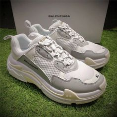 0b2d624f933af8 2018 New Release Balenciaga Triple S Outlet Cream on www.kd11zoom.com Nike  Kyrie