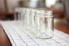 Discover food hacks and tips and tricks to help you in the kitchen, from how to ripen bananas to how to make make whipped cream in a jar. Bottles And Jars, Mason Jars, Sterilizing Canning Jars, Easy Canning, Making Whipped Cream, Fermentation Recipes, Pickle Jars, Dutch Recipes, Jamaican Recipes