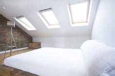 53 Ideas decor white bedroom exposed brick for 2019 Loft Conversion Apartment, Loft Conversion Design, Loft Conversions, Loft Room, Bedroom Loft, Dream Bedroom, Bedroom Decor, Brick Loft, Couple Bedroom
