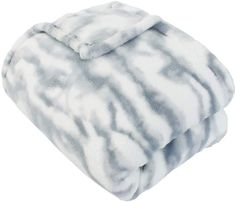Give your sleep suite a chic, sweet update with this throw from THRO. Fur Bed Throw, White Throw Blanket, Colorful Throw Pillows, Fur Blanket, Small Room Bedroom, Room Ideas Bedroom, Fancy Bedroom, Upstairs Bedroom, Teen Bedroom