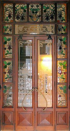 Barcelona - Diputació 160 k by Arnim Schulz, via Flickr