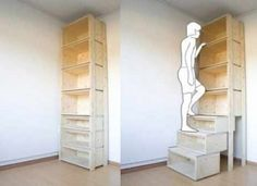 Stair step bookcase - no need for step ladder to reach upper shelves. Being short, I would like to utilize this clever design but in grey wood tones in the office of my future home.
