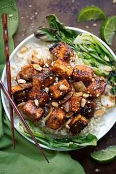 A super flavorful spicy peanut tofu stir fry! The tofu is tossed in a homemade thai-style peanut sauce and is crispy without frying! I'm pan sautéing my tofu along with shiitake mushrooms and sliced onions. Serve it on a bed of brown rice, quinoa, or on it's own! And that's how we do meatless Monday. With pan …