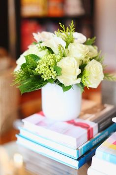 Flowers on books - the ultimate and most simplest vignette