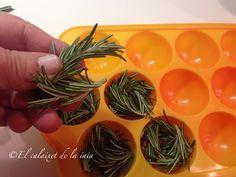 Sigue los consejos de este post para tener siempre a mano romero para usar en paellas, guisos, sopas, cremas...