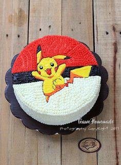 Pokemon Pikachu Cake