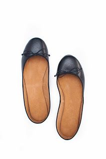 Classic Black #flats #red #shoes #sotd #balletflats #preppy #classic #foldableshoes #suelas #suelasonline