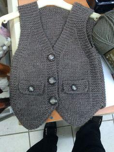 Knit Baby Boy Sweater Making - Crochet - My Website 2020 Baby Boy Sweater, Knitted Baby Cardigan, Baby Pullover, Baby Boy Knitting Patterns Free, Baby Hats Knitting, Knitting For Kids, Pullover Design, Sweater Design, Toddler Vest