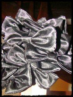 Noeuds papillon Ruffle Blouse, Couture, Tops, Women, Fashion, Butterflies, Moda, Fashion Styles, Haute Couture