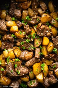 Easy Asian Steak Bites and Potatoes featuring flavorful beef cubes and tender potatoes in a garlicky butter and soy-based sauce. You can quickly cook it in just 30 minutes. This is an excellent one-pan recipe for weeknight dinner. #steakbites #easydinner #beefrecipe #beeffoodrecipes