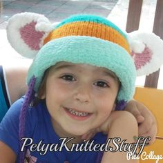 Everest PAW Patrol Knitted Hat   Here is another lady from the Paw Patrol squad…