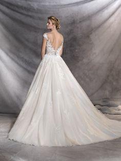 OFELIA - Princess style wedding dress | Pronovias