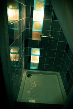 The shower in the Passion Room