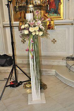 Λαμπάδες γάμου Ladder Decor, Pink, Home Decor, Knight, Interior Design, Pink Hair, Home Interior Design, Roses, Home Decoration