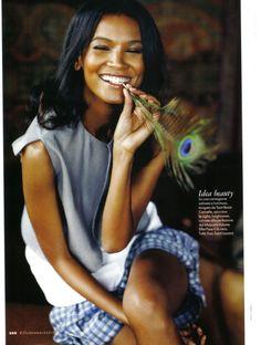 Liya Kebede sporting a natural face and glowing skin! - Glamtrotting Magazine #GlamtrottingMag