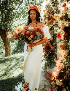 You won't stop glowing after this gorgeous micro wedding inspiration with summer-to-fall vibes and every gorgeous shade of orange! Gorgeous Wedding Dress, Dream Wedding, Wedding Stuff, Bridal Portrait Poses, Campground Wedding, Wedding Dress Boutiques, Bridal Pictures, Bridal Wedding Dresses, Wedding Moments