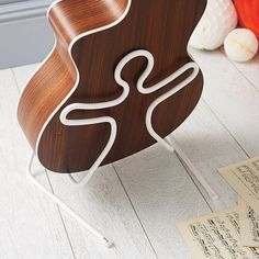 Silicone Guitar Stand - gifts for teenage boys Acoustic Guitar Cake, Acoustic Guitar Lessons, Music Guitar, Ukulele, Fender Acoustic, Guitar Tattoo, Guitar Stand, Steel Art, Boy Room