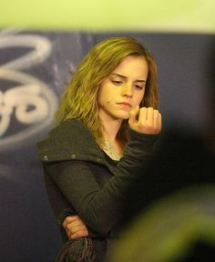 """Dealthy Hallows- Behind the scenes Emma watson❤️ """"Wait- what? My nails are looking awful!"""""""