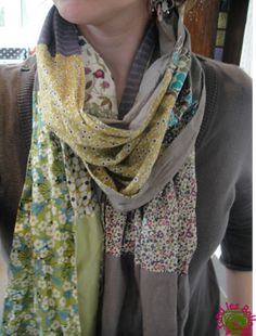à fond les ballons: Chèche de printemps ~ combine leftovers in your fine cotton stash, old favourite outfits worn soft or perhaps even finds in your local op~shop but this is a lovely way to make into squares and oblongs for a fab scarf.