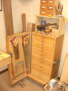 Hanging Cabinets - Reader's Gallery - Fine Woodworking