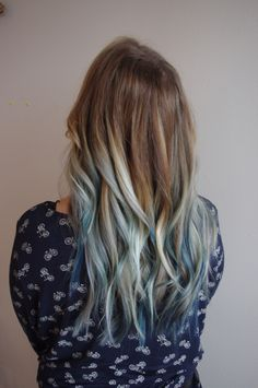 A touch of blue  #longhair #blonde #balayage #highlights #bluehair #loosewaves