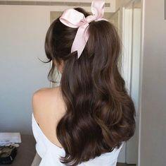 Kawaii Hairstyles, Pretty Hairstyles, Curly Hair Styles, Natural Hair Styles, Photographie Portrait Inspiration, Hair Ribbons, Dye My Hair, Aesthetic Hair, Gorgeous Hair