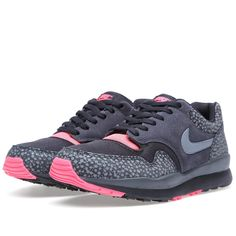 Nike Air Safari: Black, Cool Grey & Solar Red