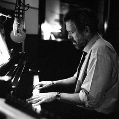 "think I'm more in love with Hugh Laurie at the piano than I was when he was ""House"""