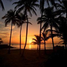 Así amaneció hoy en la playa de El Condado. Foto enviada por el amigo Rafael Isern.  #paralanaturaleza #CasaRamonPower