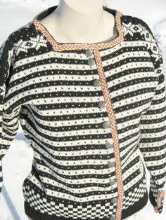 Fanajakke str 38/40 kort modell. Knitting Ideas, Men Sweater, Sweaters, Fashion, Model, Moda, Fashion Styles, Pullover, Sweater