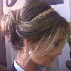 Madrinhas de casamento: Os melhores penteados de festa do ano!