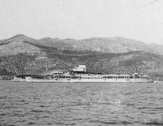 MaritimeQuest - HMS Glorious Page 3 Hms Furious, British Aircraft Carrier, Croatian Coast, Navy Ships, Submarines, Royal Navy, Battleship, Sailing Ships, Pictures