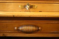 Roll Top Lock.  Original carved handle.