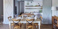 Projektowanie i aranżacja wnętrz z BBHome Design Dom, Dining Table, Furniture, Home Decor, Decoration Home, Room Decor, Dinner Table, Home Furnishings, Dining Room Table
