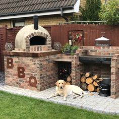 Let us build a top class outdoor garden pizza oven or buy a pizza oven kit that you can build yourself. B Let us build a top class outdoor garden pizza oven or buy a pizza oven kit that you can build yourself. Pizza Oven For Sale, Pizza Oven Kits, Diy Pizza Oven, Pizza Oven Outdoor, Brick Oven Outdoor, Build A Pizza Oven, Pizza Oven Outside, Outdoor Barbeque, Rustic Outdoor