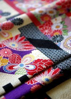 HIGH QUALITY Japanese Antique KIMONO Pattern - TIRIMEN Fabric.