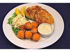Izetta's Southern Cooking: Maryland Crab Cakes