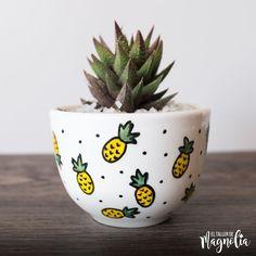 Painted Plant Pots, Painted Flower Pots, Cerámica Ideas, Cactus Pot, Flower Pot Crafts, Pot Plante, Diy Planters, Pottery Painting, Diy Arts And Crafts