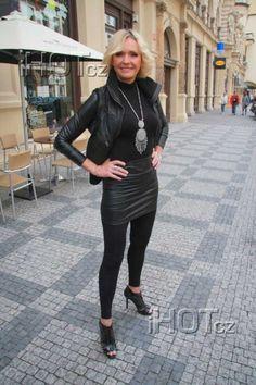 Celebrity, Sporty, Women's Fashion, Style, Swag, Fashion Women, Womens Fashion, Celebs