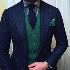 "Very Jokerish agnelli-esque: ""source: Jason Yeats "". Very Jokerish Sharp Dressed Man, Well Dressed Men, Mens Fashion Suits, Mens Suits, Tweed Suits, Traje Casual, Moda Formal, Casual Mode, Fashion Mode"