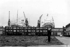 1960/1963. RDM Heijplaat.. 2 schepen in reparatie waaronder Nieuw Amsterdam...