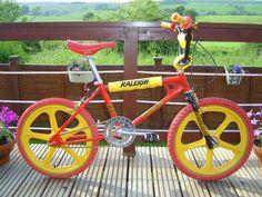 1983 Raleigh Tuff Burner - going old school Vintage Bmx Bikes, Vintage Cycles, Retro Bikes, Skyway Bmx, Bmx Bandits, Bmx Cycles, Raleigh Bikes, Bmx Cruiser, Cycling Art