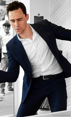 Tom Hiddleston... And we all know he's dancing.