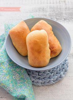 Bollitos de pan rellenos de tortilla de patatas