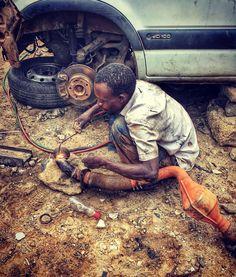 Mechanic in Dakar (Scat Urbam) #senegal