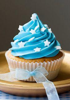 82f395920c749f9616858f427ea702e8--icing-cupcakes-star-cupcakes.jpg
