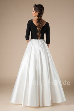 Modest homecoming dresses on sale at LatterDayBride and Prom, a prom gown shop in Salt Lake City. Latest Pakistani Dresses, Indian Gowns Dresses, Pakistani Dress Design, Modest Prom Gowns, Prom Dresses, Girls Fashion Clothes, Fashion Outfits, Hijab Fashion, Simple Gown Design
