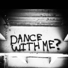 please dance me to the end of love. Someone put in a little Leonard Cohen❤