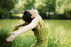 The Energy Detox : hack that post-holiday fatigue http://www.babydoesnyc.com/the-energy-detox-hack-that-post-holiday-fatigue/