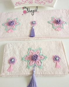Image may contain: text - Towel Crochet Towel, Crochet Fabric, Crochet Flower Patterns, Crochet Designs, Crochet Crafts, Crochet Doilies, Crochet Flowers, Crochet Projects, Knit Crochet